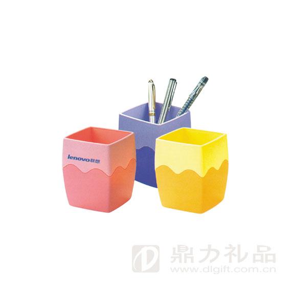 w351方形笔筒 产品描述 相关产品推荐 名称:力举千金笔筒 编号